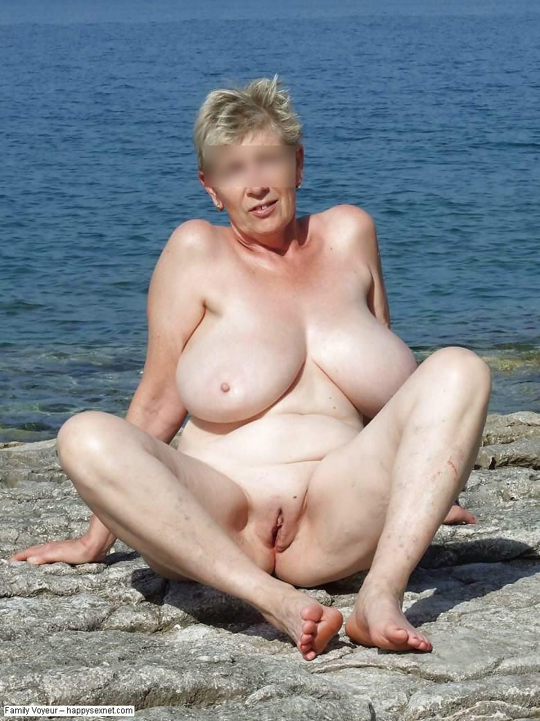Stolen Nude Family - Image 4 FAP